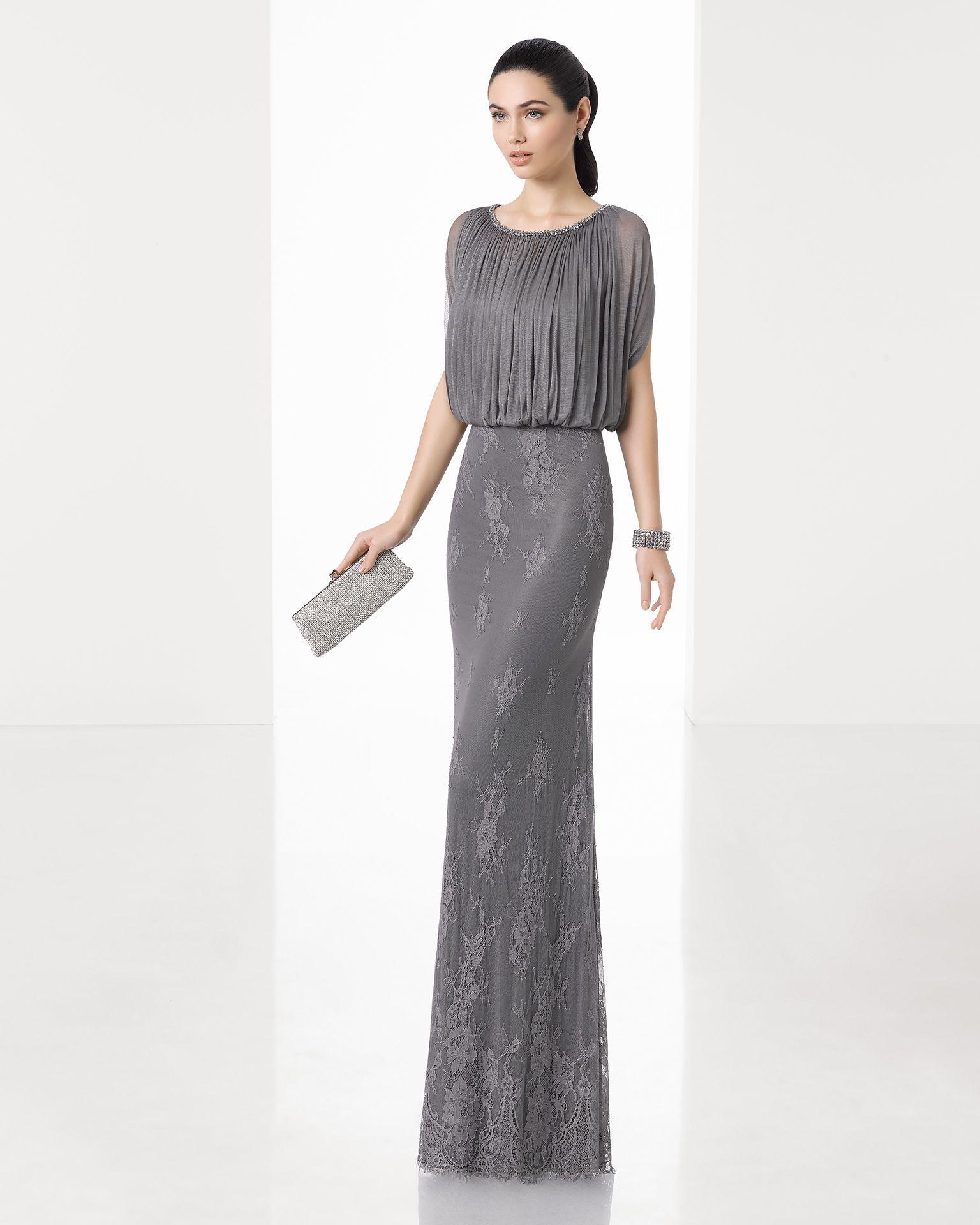 bb8aa232a Vestido de fiesta largo silueta con cuerpo de muselina de seda y falda de  encaje