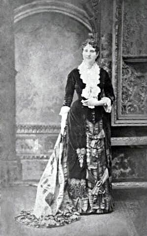 Mary E. Cobb - Discovered she could do it on her own. Abused wife who got a divorce and opened the first US nail salon, charging $1.25 for a manicure. Developed emery boards, pink and red nail polish. Lived on her own terms.