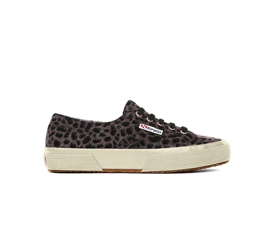 820d955e1ac animal print zapatillas Superga. Zapatillas con print de leopardo de Superga