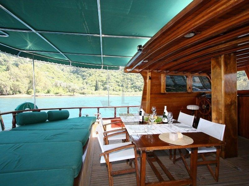 DORA DENIZ | CNL Yacht
