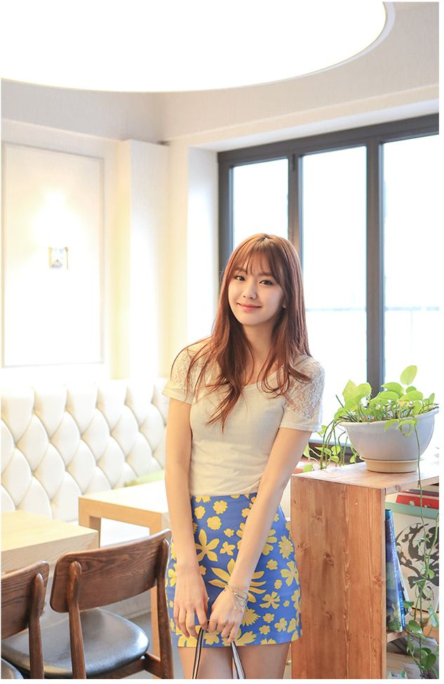 Perfect skirt for spring    #skirt #spring #fashion #style #koreanfashion #koreanstyle