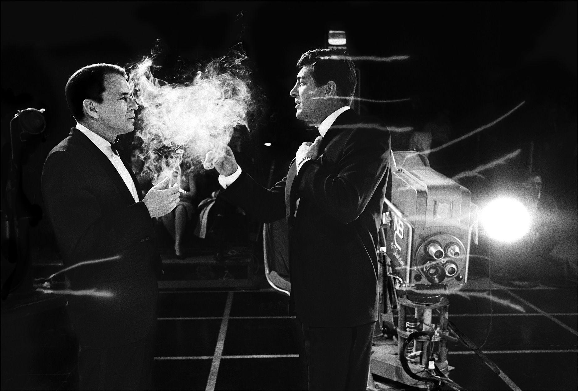 http://www.willoughbyphotos.com/media/original/Frank-Sinatra_Dean-Martin-Smoke-copy1.jpg