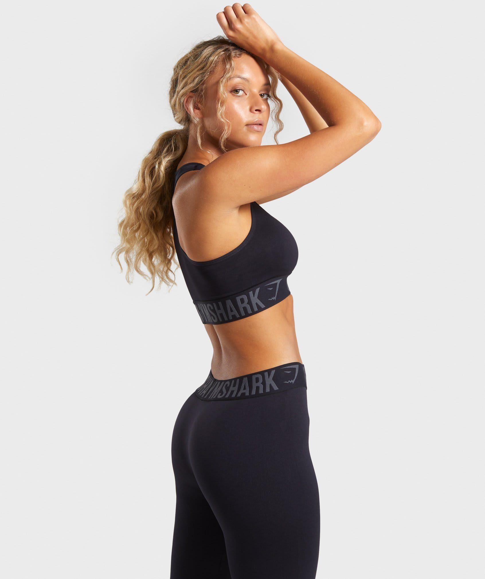 Gymshark Fit Sports Bra Black/Black in 2020 Sports bra