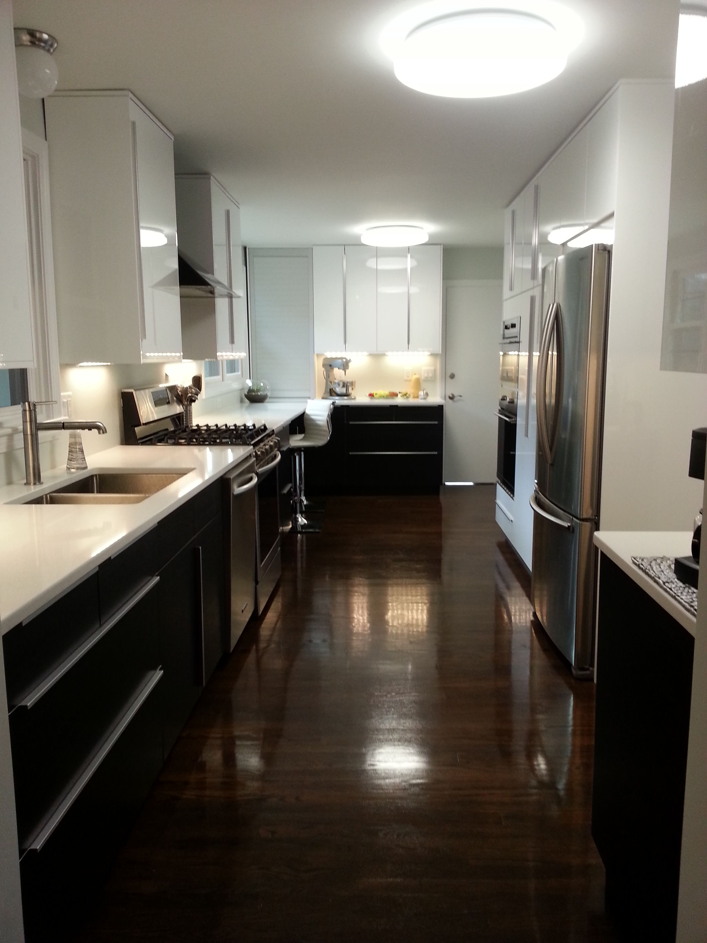 Ringhult white with blankett handles Kitchen