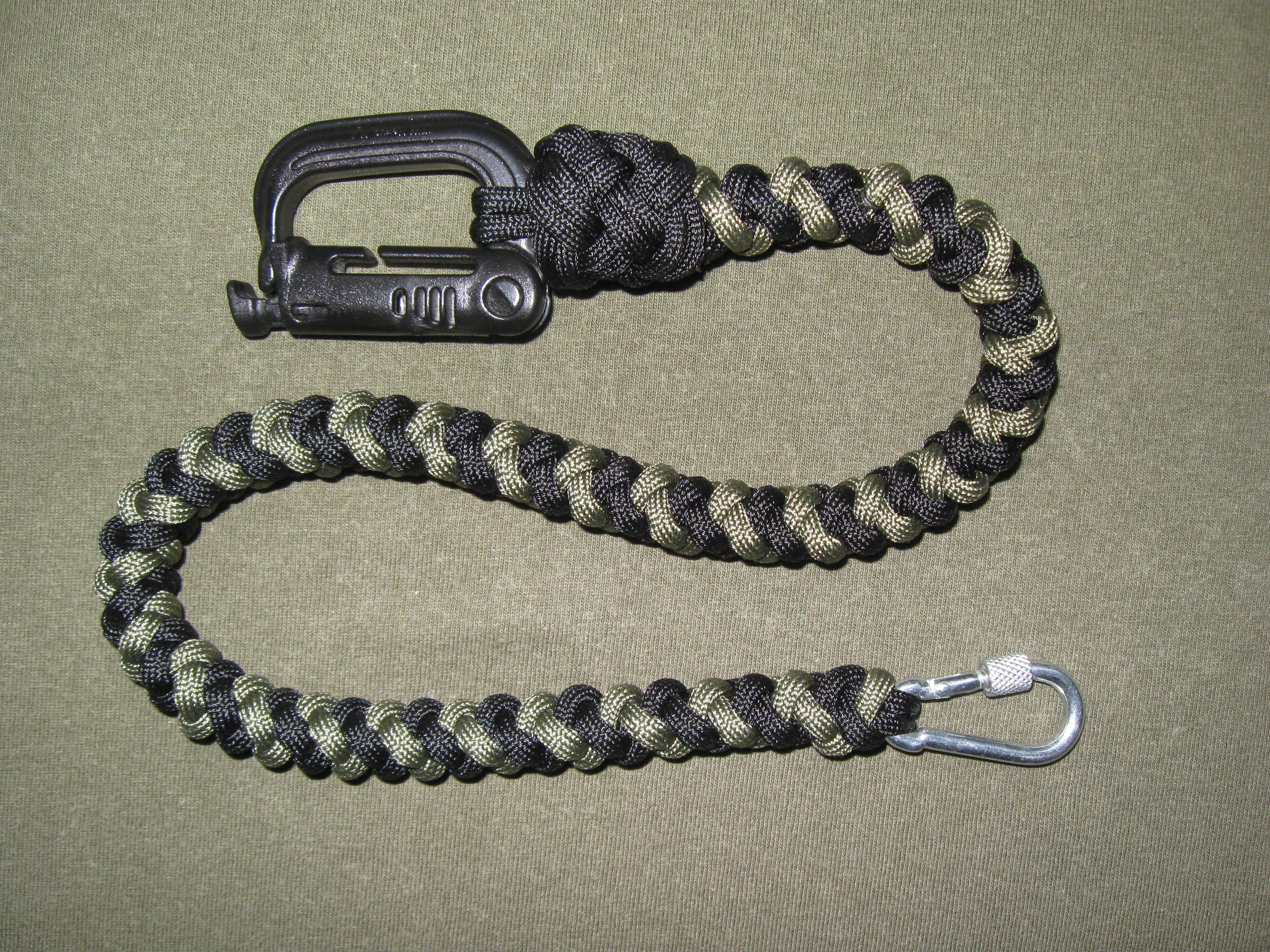 4 Strand Spiral Round Braid Wallet Chain With Grimlock Paracord