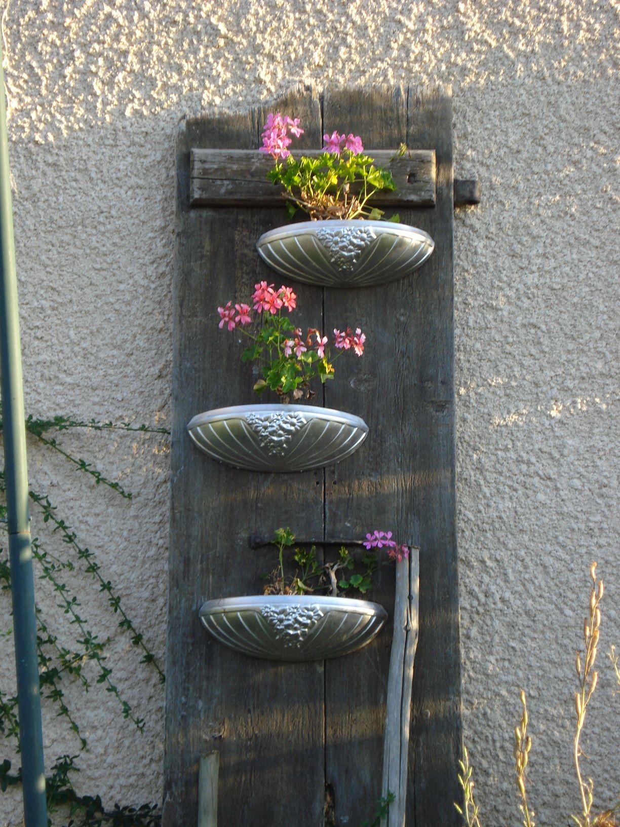 d tournement d 39 objets porte support plantes bosch au jardin en ext rieur pinterest. Black Bedroom Furniture Sets. Home Design Ideas