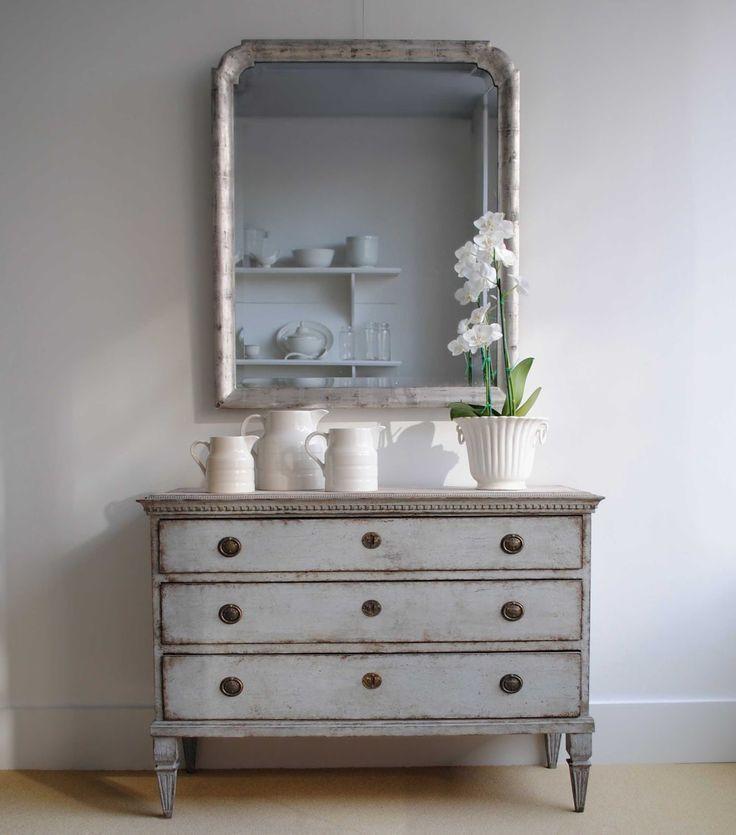 Muebles decapados de colores muebles decapados acabado - Como cambiar el color de un mueble oscuro a claro ...