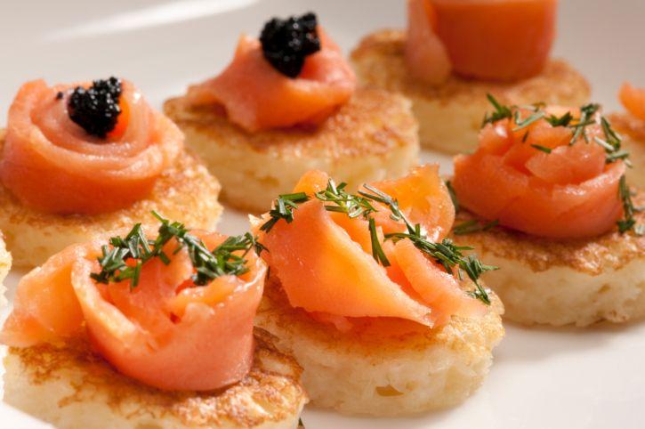 Los mejores aperitivos fr os que puedes preparar for Canapes faciles y rapidos frios