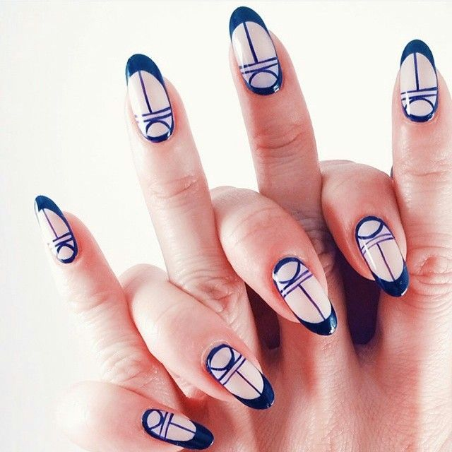 We go hand in hand.  Lovely work by @ladyfancynails