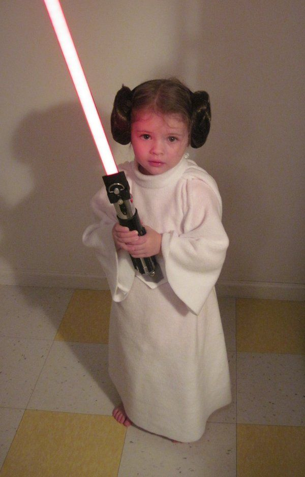 Princess Leia By Nolwen On Deviantart Princess Leia Costume Diy