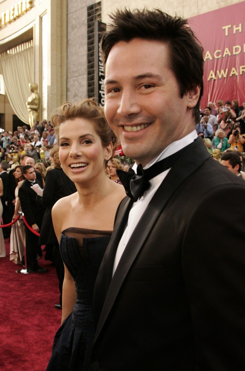 sandra bullock and keanu reeves relationship with sister
