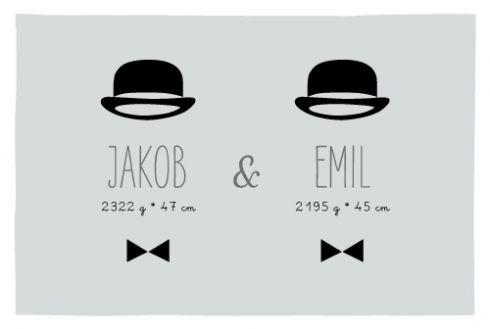 Geburtskarte Gentlemen Zwillinge by Marion Bizet für Geburtskarten.com #Hut #Fliege #Jungen #Geburtsanzeige