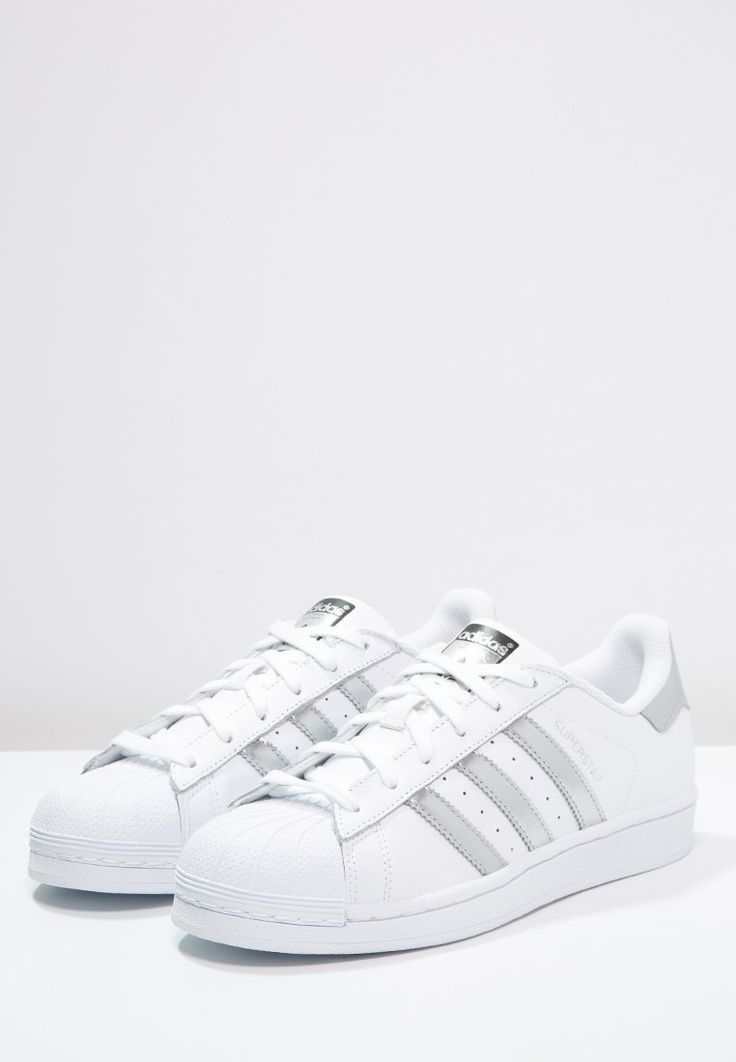 sports shoes 452dd ef116 SUPERSTAR - Sneaker low - white/silver metallic/core black ...