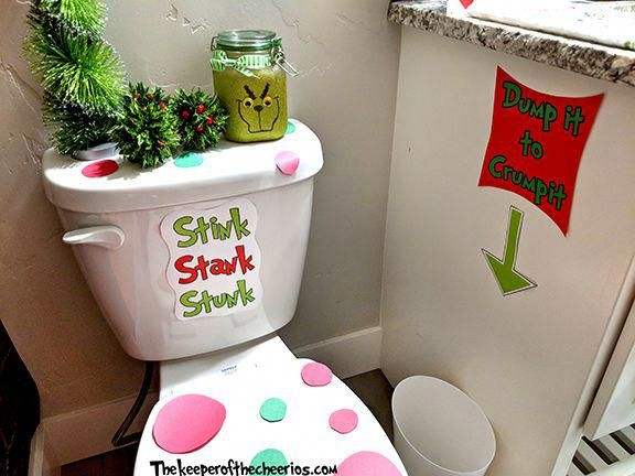 Grinch Bathroom Ideas, Grinch bathroom, how the grinch stole christmas, Christmas bathroom, Christmas decor, Grinch decor, Grinch #christmas, #grinch #thegrinch #christmasdecor #christmasbathroomdecor
