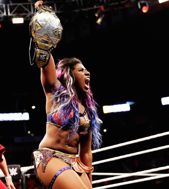 Ember Moon Crowned New Nxt Women S Champ At Nxt Wargames