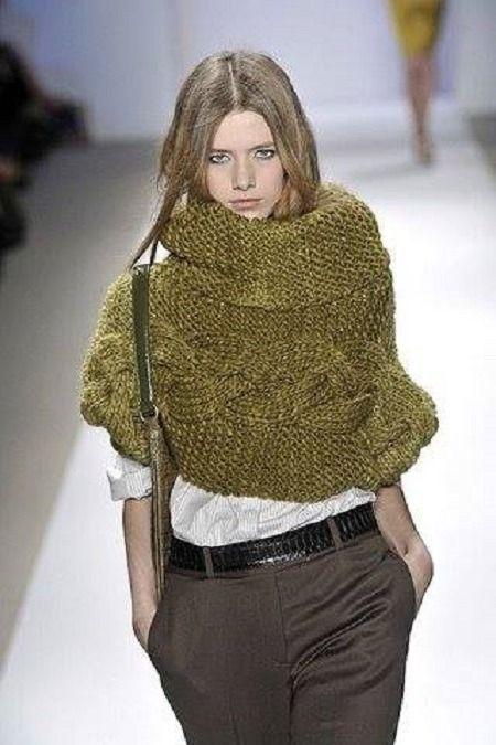 poncho court femme vert olive col roul tricot fait main pulls gilets par mes petites. Black Bedroom Furniture Sets. Home Design Ideas