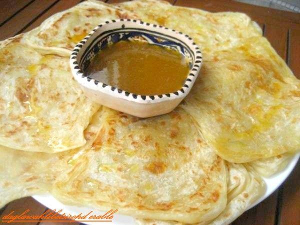 Msemen au miel food pinterest food for Algerian cuisine youtube