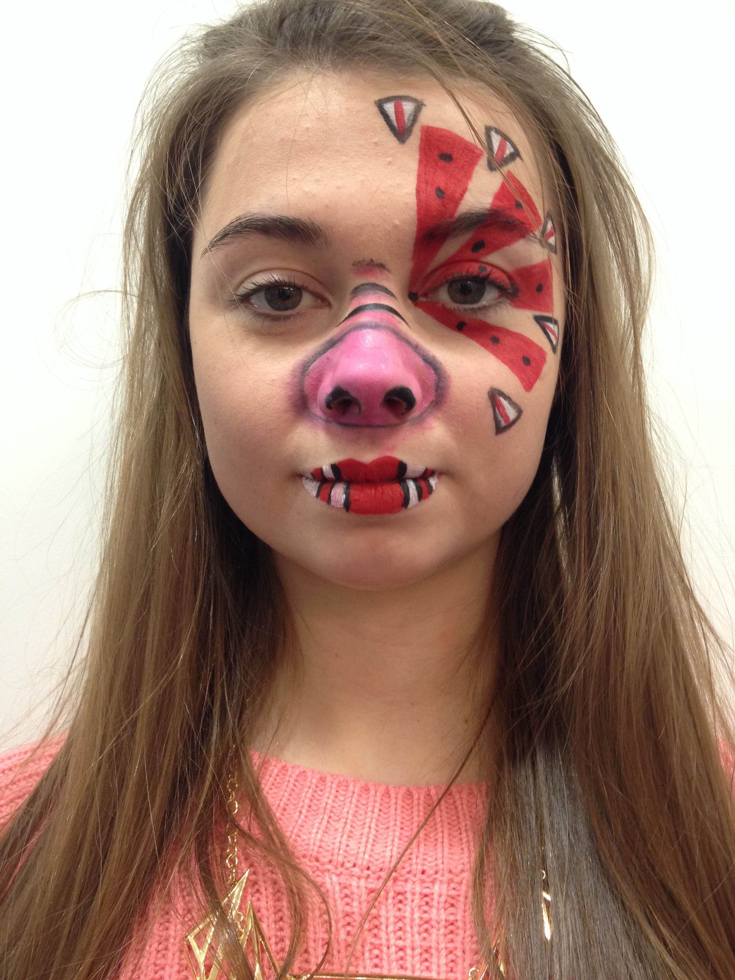 my animal farm general pig makeup mua izzi oliver model chloe palser