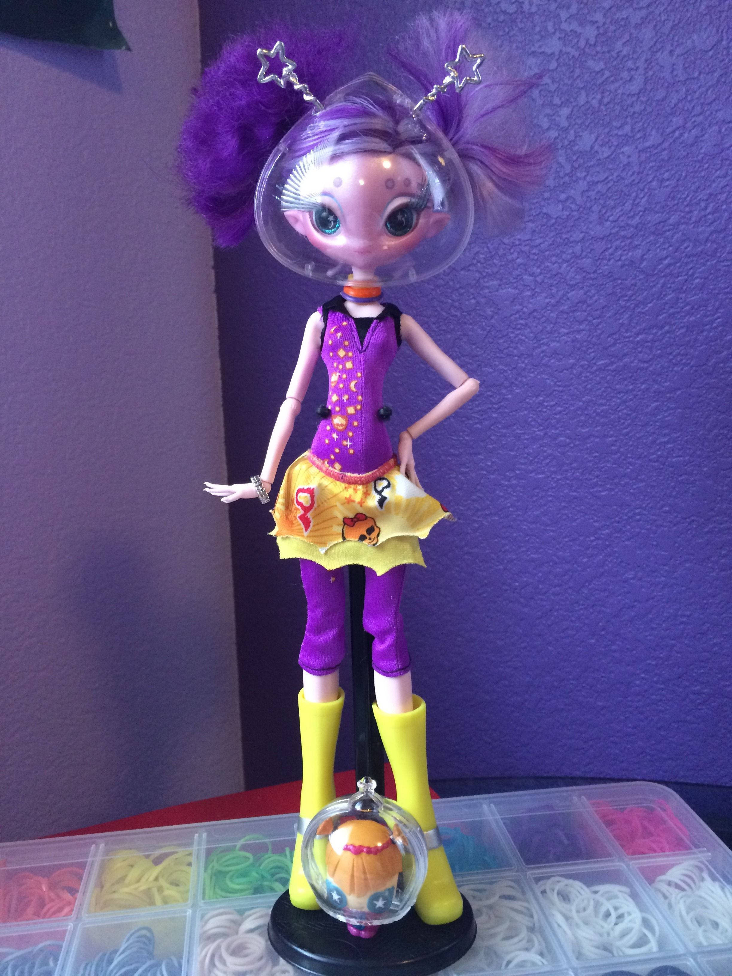 Lovely Novi Stars Doll Bambola Mae Tallick Alien Original Monster Bambole Fashion