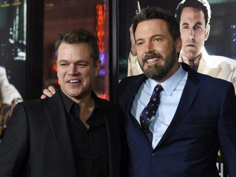 Ben Affleck Jokes About Losing Matt Damon To Chris Hemsworth I M Team Jimmykimmel Anyways Chris Hemsworth Ben Affleck Matt Damon