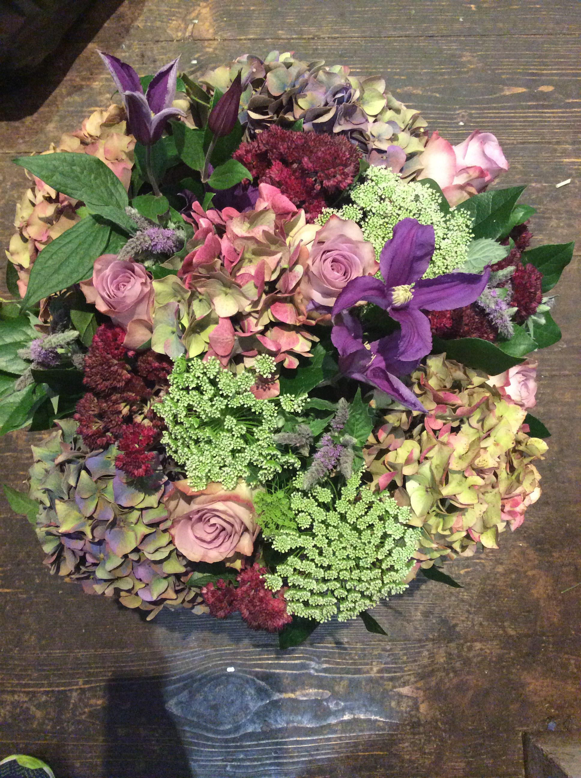 English Hydrangea With Upper Secret Roses Ammi Clematis And Flowering Mint Made By Alice Floral Floral Arrangements Flowers