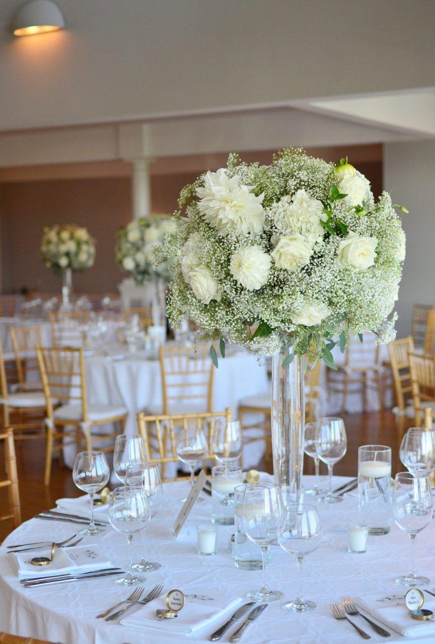 秋 ウェディング 結婚式 テーブル装花 ダリア かすみ草