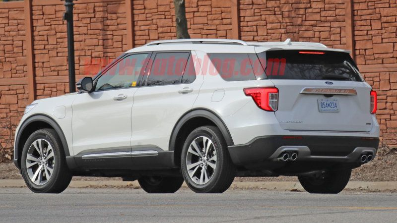 Ford Explorer Plug In Hybrid Spied On Public Roads Ford Explorer 2020 Ford Explorer Silverado 1500