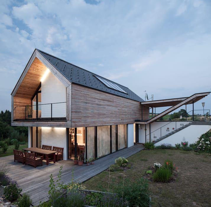 Haus Planen Was Beachten: Einfamilienhaus: Terrasse Von G.o.y.a. Architekten