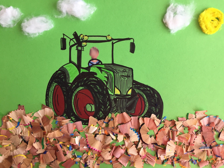 traktor fan jungen geschenk geburtstag gebastelt a4 mit resten vom abspitzen der holzstifte und. Black Bedroom Furniture Sets. Home Design Ideas