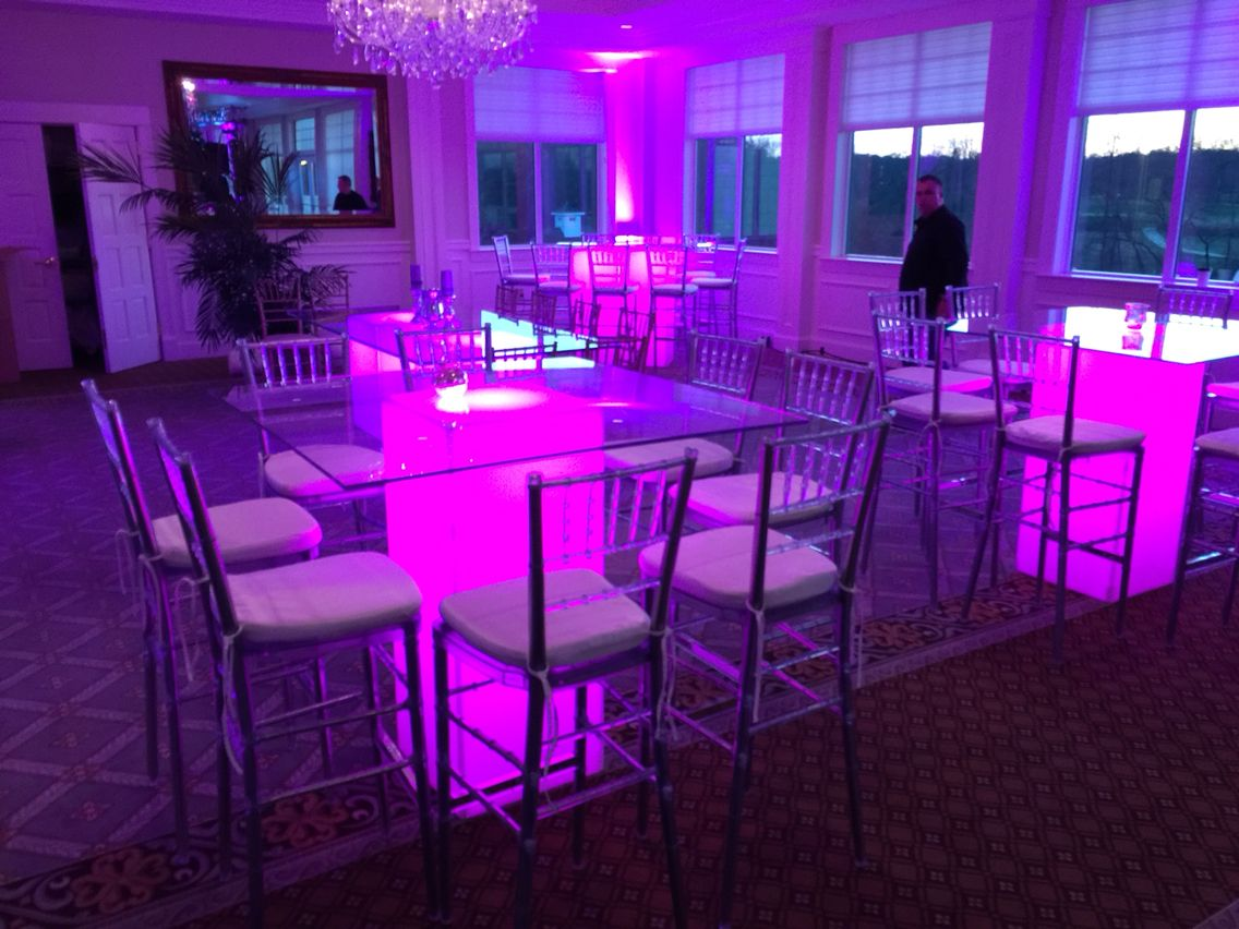 Led Table And Chairs Gold Chair Covers Ebay Banquet Tables Are A Hot Look This Year With Clear