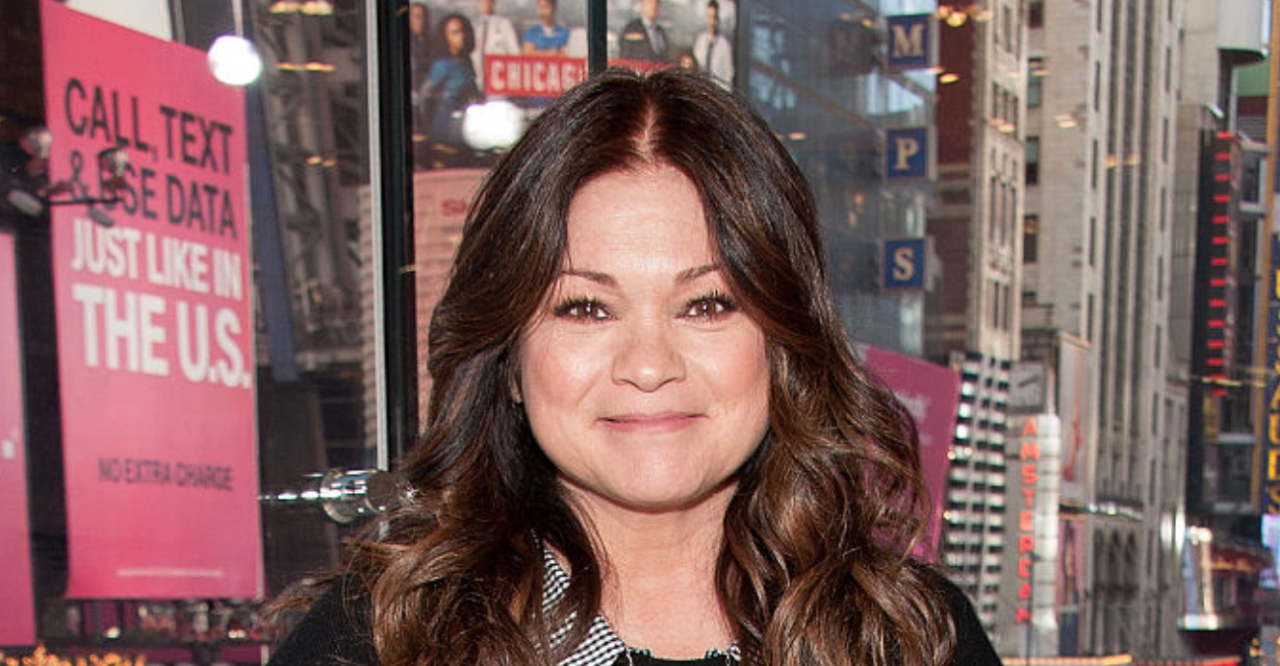 This Is What Valerie Bertinelli Eats To Make 57 Look Like 37 Valerie Bertinelli Valerie How To Make