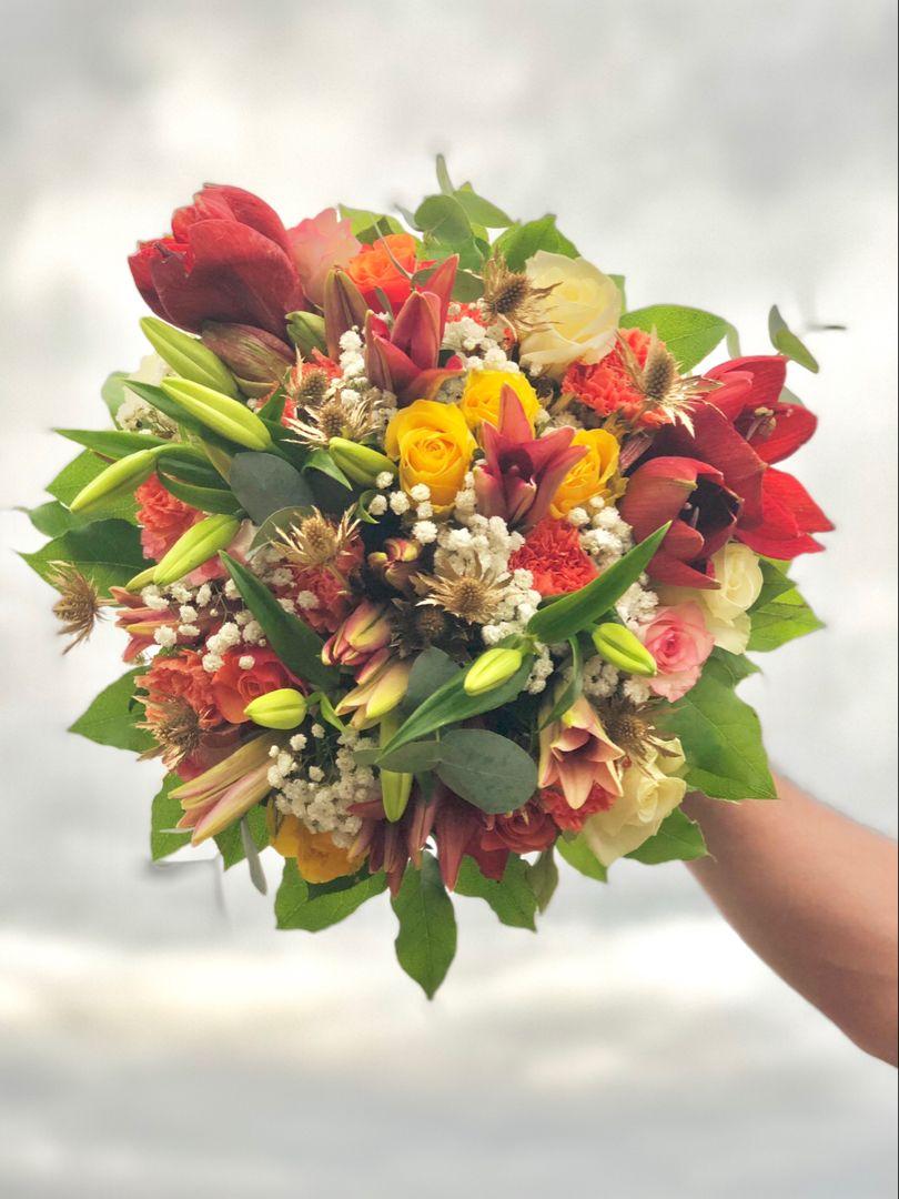 Bouquet De Fleurs Colore Bouquet Mariee Fleurs Fleurs Colorees