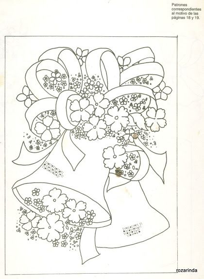 sinos e flores