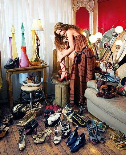 I M A Shoe Addict And I M Proud Of It Vintage Shoes Stella Shoes Shoe Story