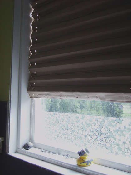 Folded Cardboard Window Blind Blinds For Windows Diy Window Shades Diy Blinds