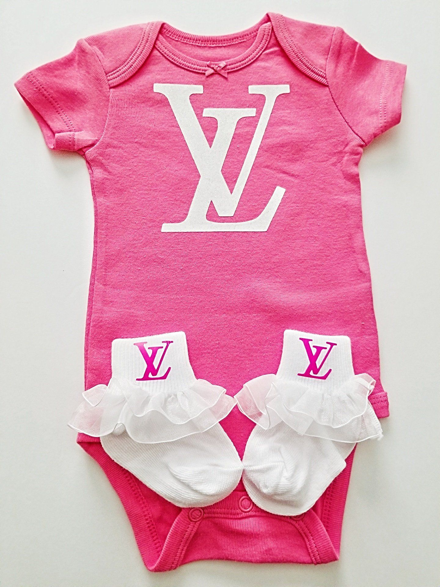 Designer Inspired Louis Vuitton 3 Month One Piece Outfit With Matching Lv Socks Pink Louis Vuitton Inspired Onesie Baby Girl Outfits Newborn Newborn Girl Outfits Cute Baby Girl Outfits