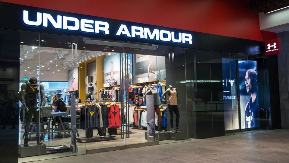 Under Armour relocated its Singapore flagship store from Orchard Gateway to Orchard Central, with the new point opening held on 13th April 2017. The new store has a total area of 279 square metres and it is the chain's fifth brand house in Singapore.  #UnderArmour #Singapore #thelocationgroup #shopopening #storeopening #elocations