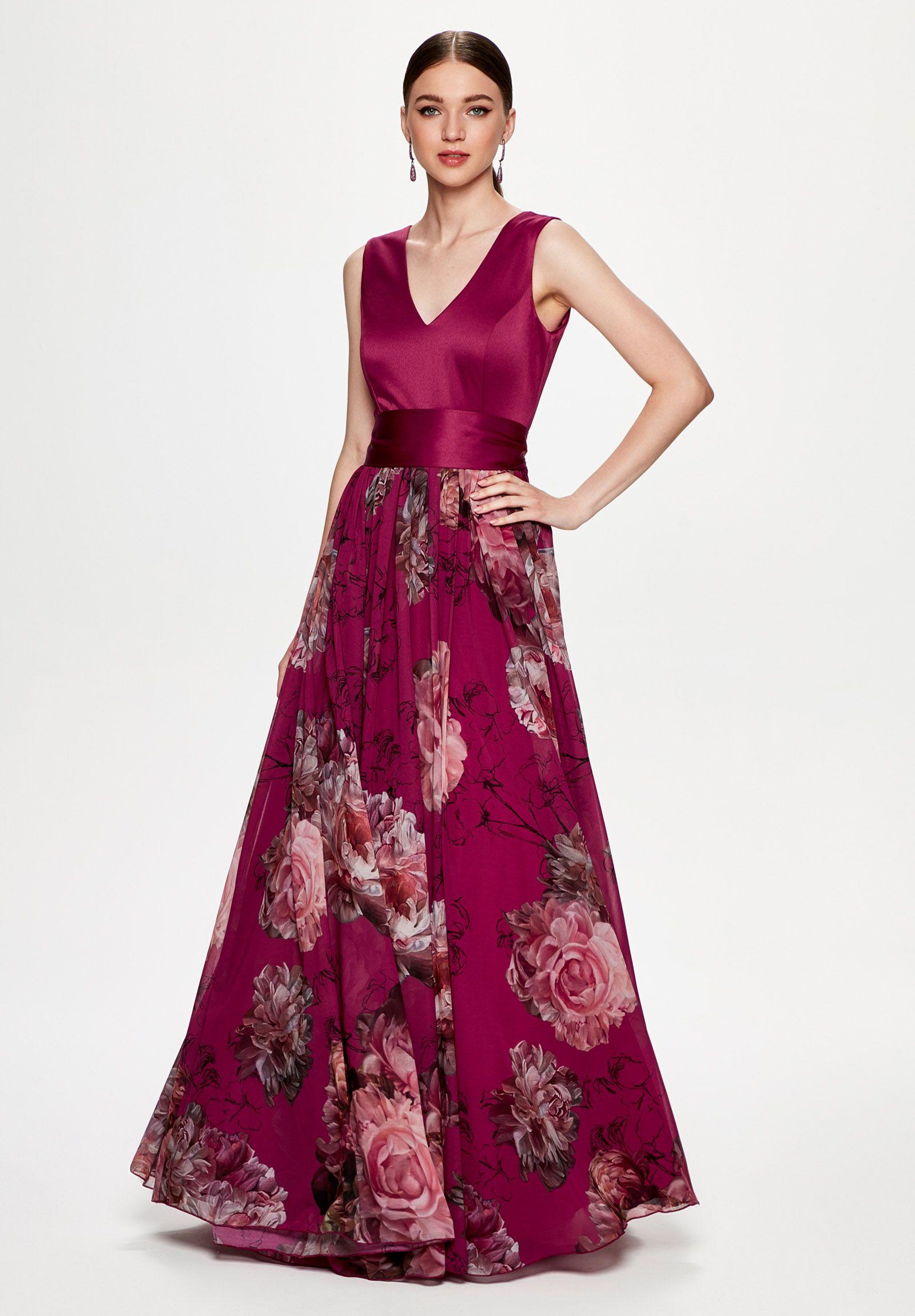 979ce0d45 Vestido invitada inspiración rusa. Colección 2019