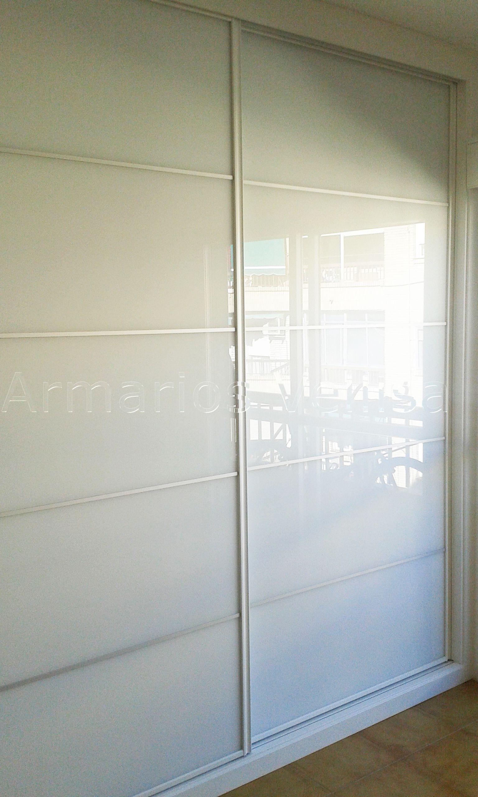 Aparador E Adega ~ Armario empotrado 248 X 238 X 65 2 puertas correderas Modelo Panel Japonés con cristal blanco