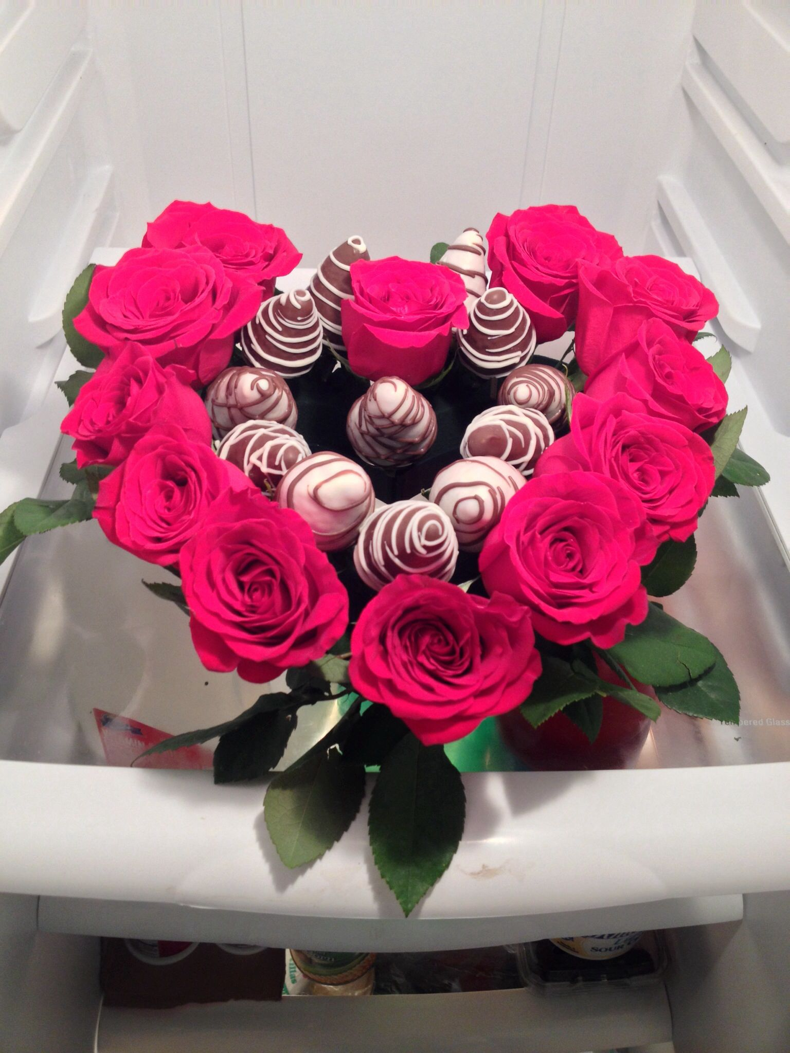 1dozen chocolate covered strawberries 1dozen red roses | Food and ...