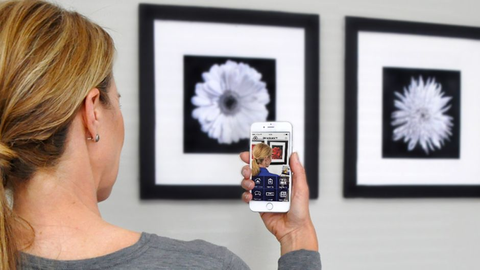 About The Décoguide Android Or Iphone With Wall Decorating Instructions And Tips For