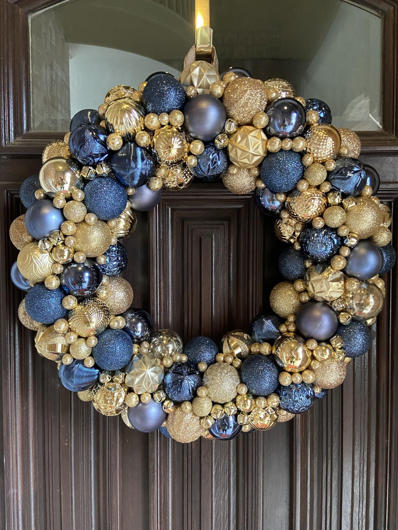 Gorgeous Navy And Gold Ornament Christmas Wreath Bauble Etsy In 2021 Christmas Wreaths Blue Christmas Tree Decorations Christmas Wreaths Diy