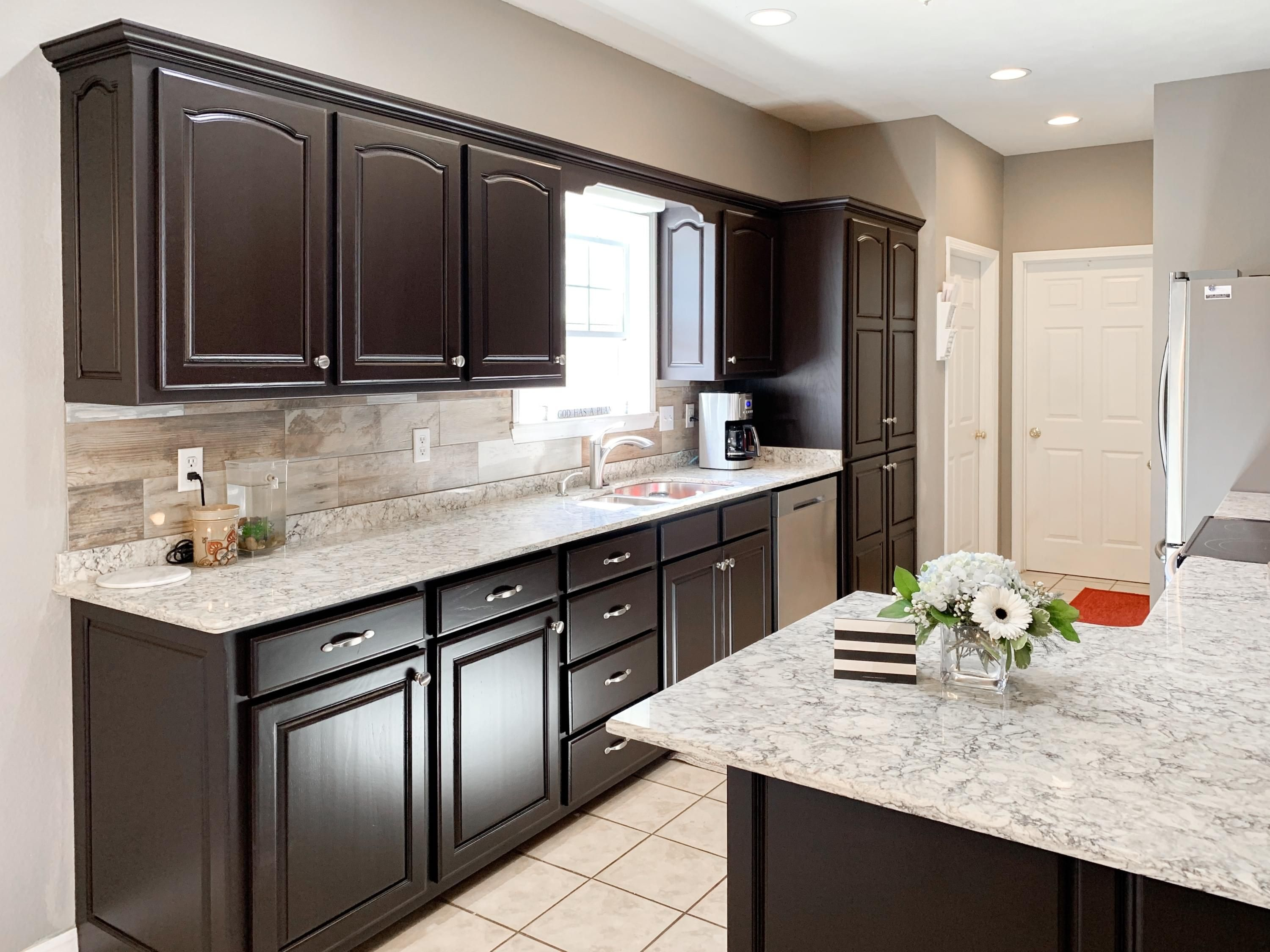 How To Paint Your Cabinets Like A Pro In 2020 Dark Kitchen Cabinets Espresso Kitchen Cabinets Kitchen Cabinets And Countertops