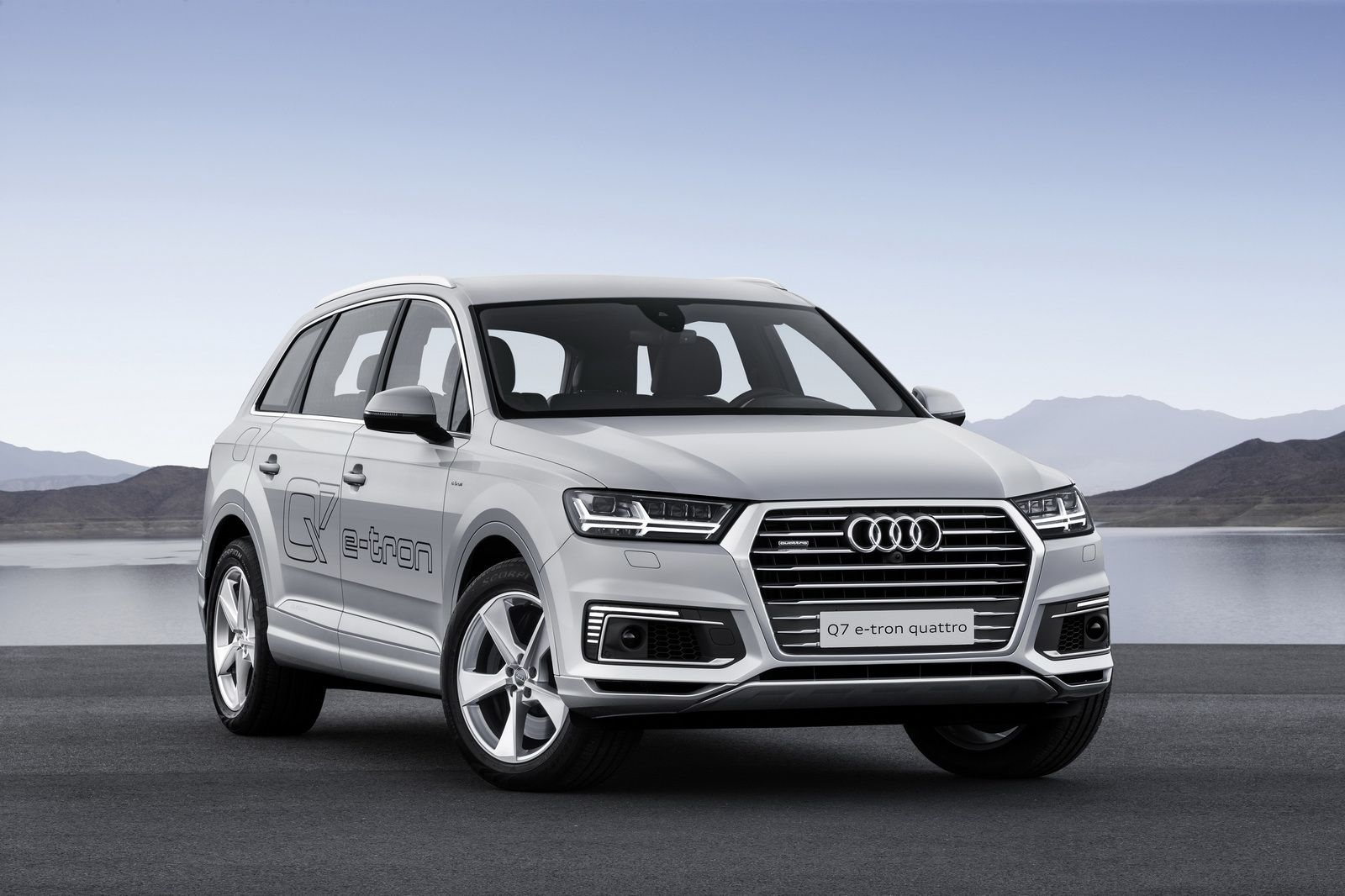 362hp Audi Q7 E Tron 2 0 Tfsi Quattro Phev Is For Asian Markets