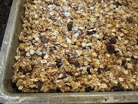 No bake soft and chewy chocolate chip all natural and organic granola bars - homemade