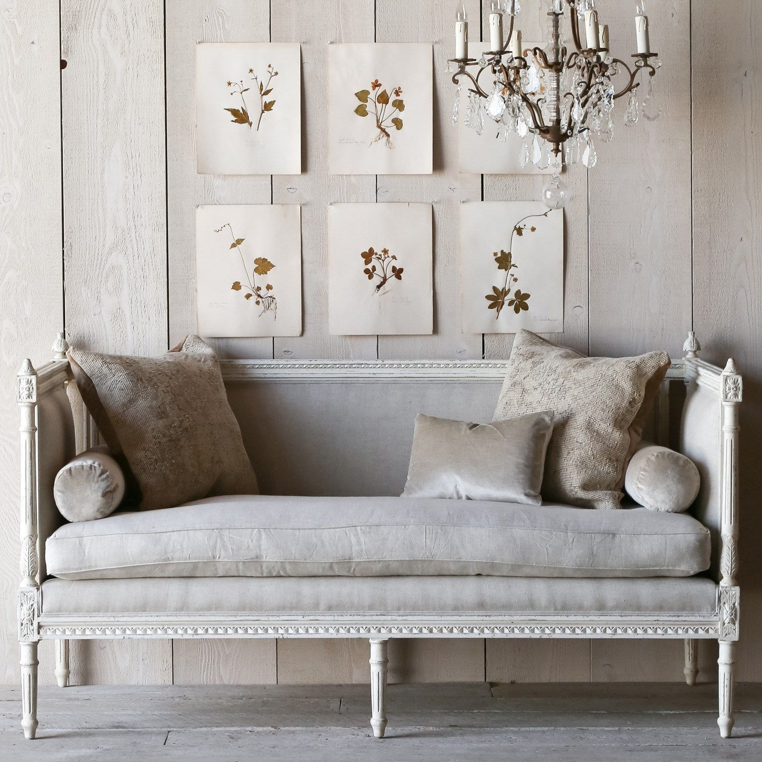 Eloquence Swedish Antique White Settee on LaylaGrayce