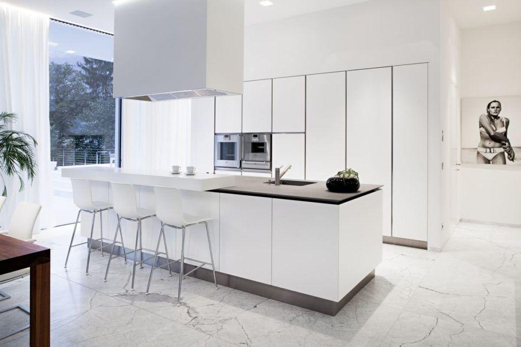50 Hints That Reveal Why Beautiful Kitchens Are Beautiful White Kitchen Furniture White Modern Kitchen Kitchen Interior