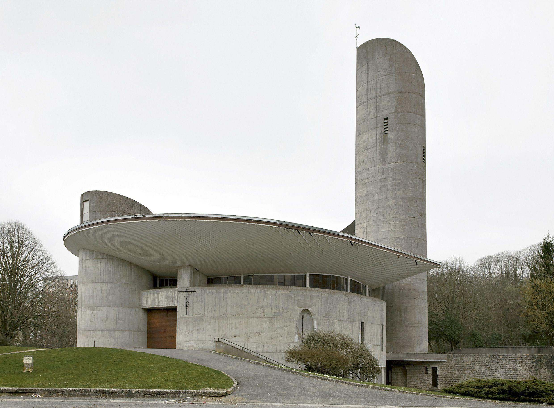Du Beton Pour Jesus Christ A La Gloire Des Eglises Modernistes De Lorraine Architecture D Eglise Eglise Moderne Architecture Sacree