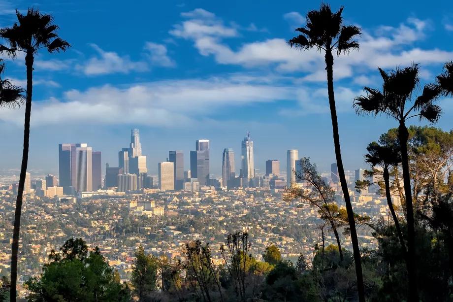 La Nearing Third Straight Week Of Clean Air Curbed La In 2020 Clean Air La Trip Los Angeles Area