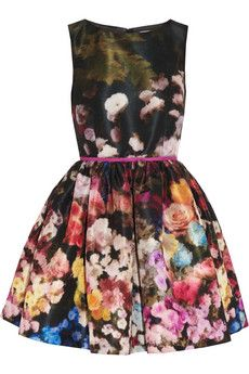 Floral red Valentino dress LOVE!